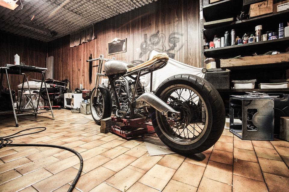 バイク ガレージ 保管