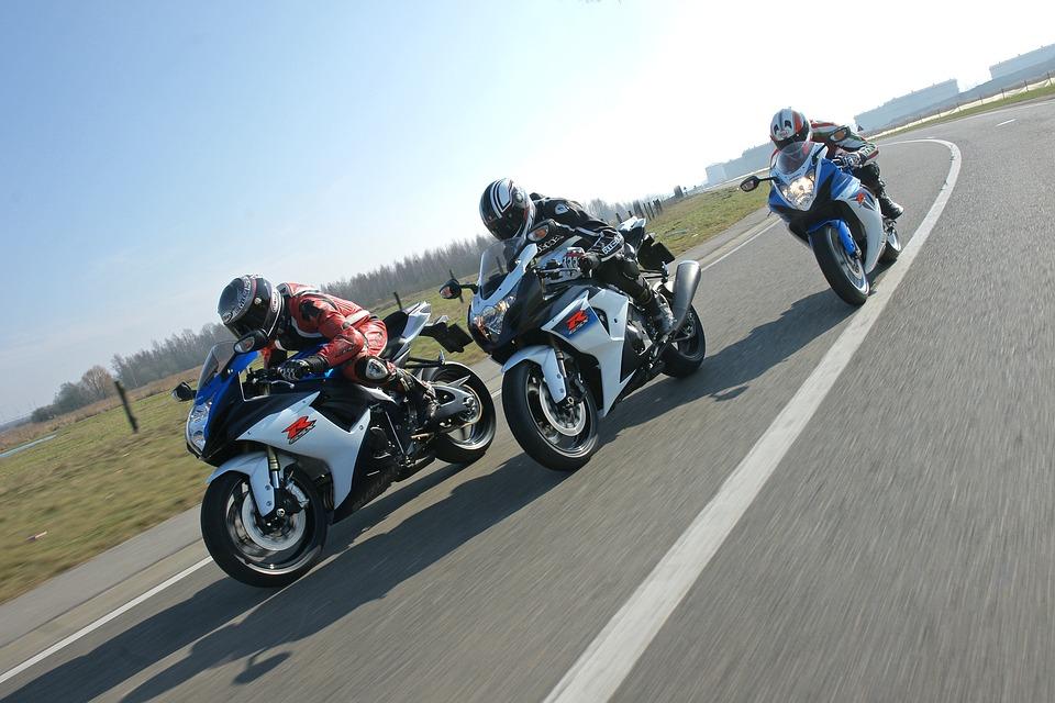 速度 競馬 オートバイ 急ぐ 自転車 ドライブ レース 交通機関 道路 交通 ホイール